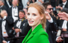 Jessica Chastain applauds Salma Hayek